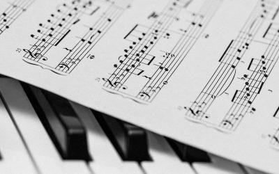 DARK DEEDS #09 : Klavierklänge